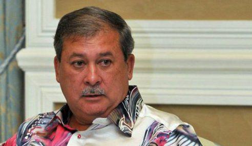 Sultan Johor Zahir Takziah Keluarga Mangsa Kemalangan Bas