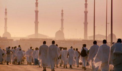 Negara Mereka 'Berperang' Tapi Puluhan Ribu Tunai Haji