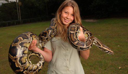 Anak Steve Irwin, Bindi Bersaing Dalam Pertandingan Tarian