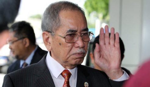 Pegawai Perlu Sentiasa Bersikap Mesra Media, Kata Wan Junaidi