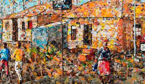 Pelukis Guna Plastik Terbuang Hasilkan Karya Seni