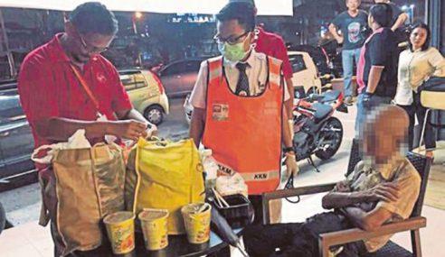 Anak Kikis Wang Simpanan RM100,000 Dalam Akaun