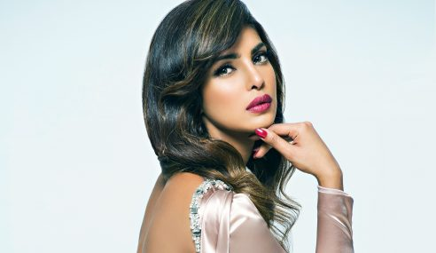 Priyanka Chopra Makin Laris, Ditawar Jadi Hos Di AS