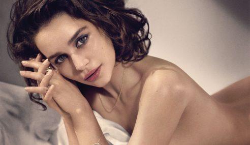 Emilia Clarke Dinobat Wanita Paling Seksi 2015