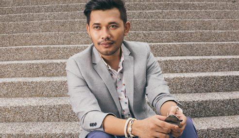Pertikai Cara Nyanyi: Karl Shafek Harap Fynn Jamal Tak Kecil Hati