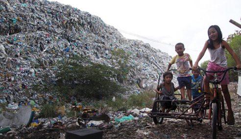 Tindakan Terpuji Pendaki Yang Jaga Kebersihan Gunung