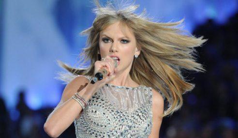 Penyanyi Veteran Saman Taylor Swift Sebab Ciplak Lirik Lagu