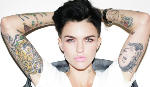 Ruby Rose Dinobat 'Woman Of The Year 2015' Majalah GQ