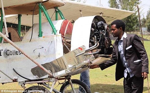 Gagal Jadi Pilot Sebab Pendek, Dia Buat Pesawat Sendiri