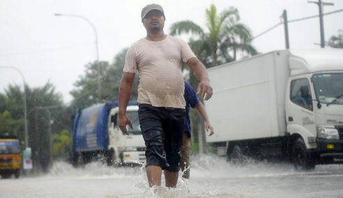 Banjir Puncak Alam: Penduduk Salahkan Sistem Saliran Air