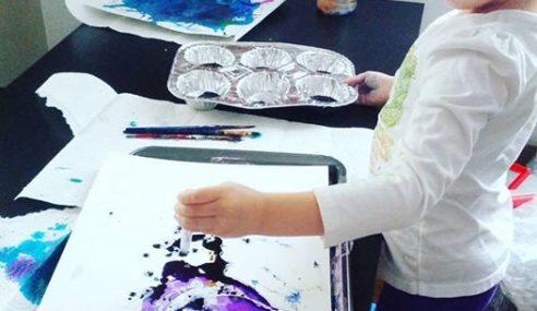 Video: Hasil Contengan Budak Kecil Jadi Lukisan Cantik