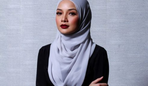 Neelofa Nafi Bergelar Isteri Ketiga Shafie Apdal