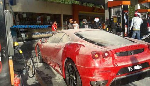 Ferrari Terbakar, Kes Tak Tutup Enjin Masa Isi Petrol?