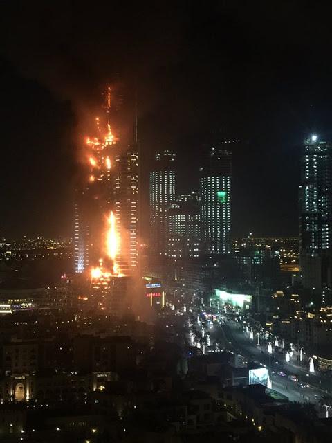 FOTO: Hotel Mewah Dekat Burj Khalifa Terbakar Malam New Year
