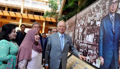 Tun Rahah Meninggal Dunia Pada Usia 87 Tahun