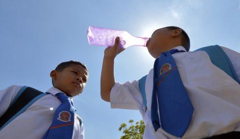 Cuaca Panas: Orang Ramai Dinasihat Lebihkan Pengambilan Air