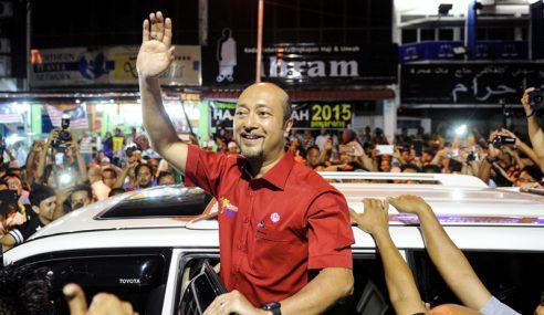 Mukhriz Mahathir Enggan Lepas Jawatan?