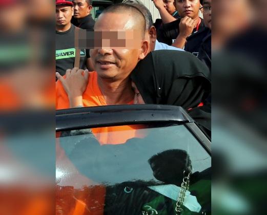"21 Feb Sebutan Kes Bunuh Pencuri Untuk ""Pertahan Keluarga"""