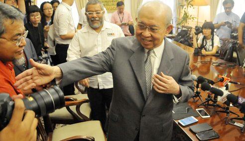 Ku Li Nafi Dalang Guling Najib, Tidak Sokong Tun M