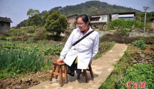 30 Bangku 15 Tahun, Doktor OKU Gigih Bantu Orang Kampung