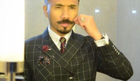 Wak Doyok Ikon Fesyen Tambah Koleksi Peribadi Jadi Penyanyi