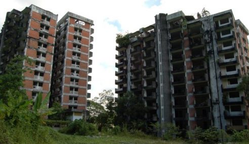 Tolong Robohkan Baki Highland Towers! – Penduduk