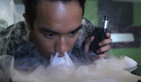 Hembus Asap Vape Melalui Hidung Undang Bahaya