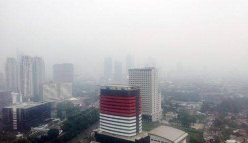 Jakarta Dilanda Jerebu, Bangunan 'Hilang' Dari Pandangan
