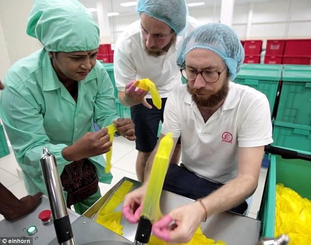 Peru Bagi Kondom Percuma Untuk Halang Penularan Virus Zika