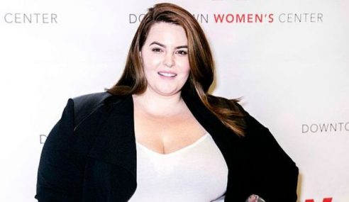 Facebook Larang Pamer Model 'Plus Size'