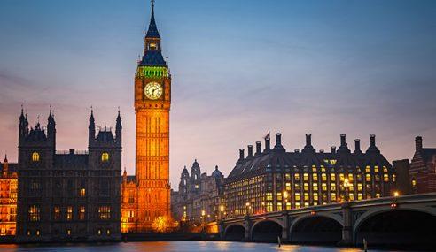 Mercu Tanda London, Menara Big Ben Berhenti Berbunyi