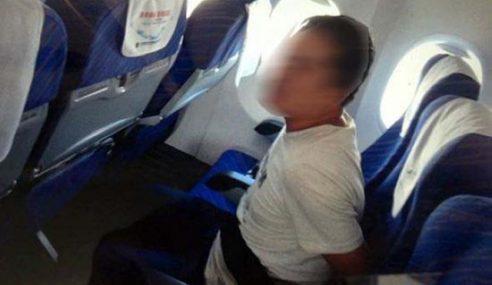 Penumpang Cuba Pecah Kokpit Diikat Sepanjang Penerbangan