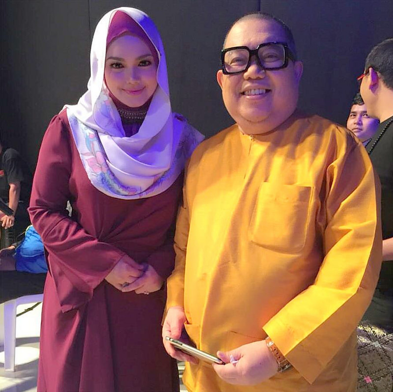 'Hari Kemenangan' Single Terbaru Hari Raya Datuk Siti