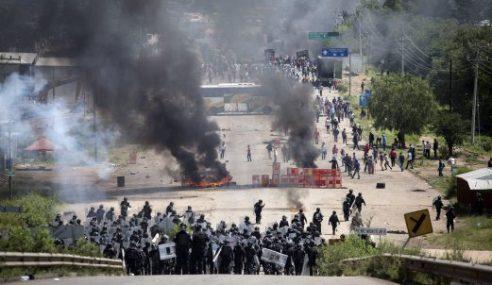 3 Maut, 45 Cedera Tunjuk Perasaan Di Mexico