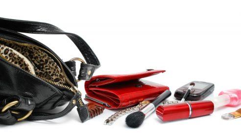 Betul Ke Beg Tangan Wanita Lagi Kotor Dari Tandas?