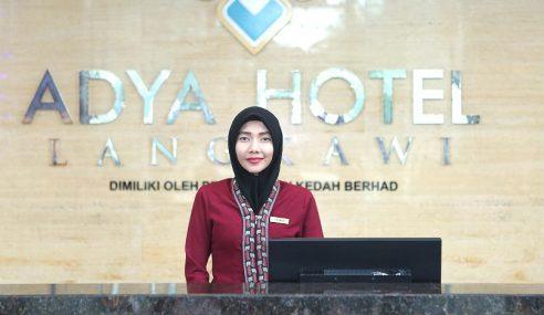Hotel Adya Lantik Hafiz Jadi Pegawai Agama Khas