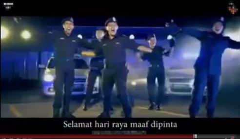 Polis Tunjuk Bakat Nyanyi, Hip-Hop Dalam Video Raya