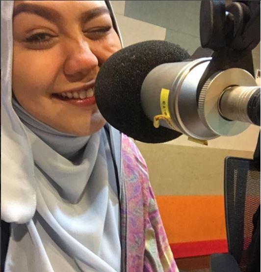 Zulin Aziz Antara Muka Baharu Penyampai Suria FM