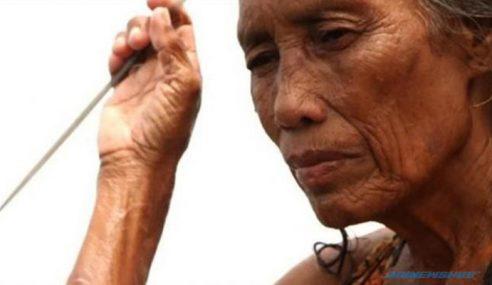 Kisah Pilu Nenek 74 Tahun, Menyelam Demi Kumpul Duit