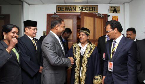 S.Thangeswary Wanita Pertama Dilantik Speaker DUN Perak