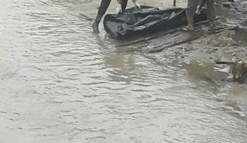 Mayat Gelandangan Ditemukan Di Sungai Pinang