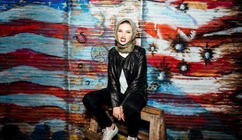 Playboy Tampil Wanita AS Muslim Berhijab