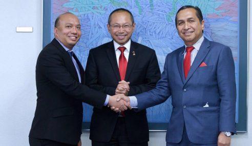 PNB Umum Persaraan Hamad Kama Piah Sebagai Presiden