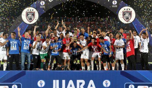 Kejayaan JDT Rangkul Piala Liga Super Disambut Meriah