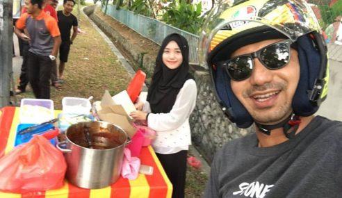Zizan Selfie Bersama Penjual Nasi Lemak Anak Dara