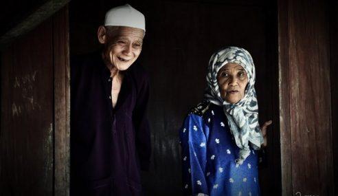 Sempena Hari Datuk & Nenek: Hargailah Datuk & Nenek Kita