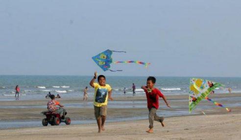 Musim Tengkujuh: Resort & Chalet Di T'ganu Mula Ditutup