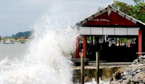 Air Pasang Besar Di Pesisir Pantai Selangor Isnin Ini