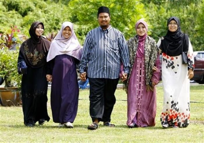 Kerajaan Negeri Perak Sedia Pertimbang Pakej Poligami