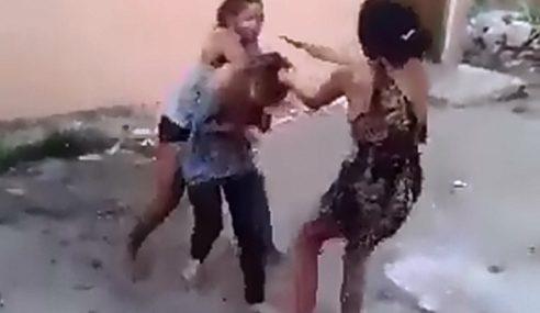 Dipukul Dengan Helmet, Rambut Dipotong Guna Pisau